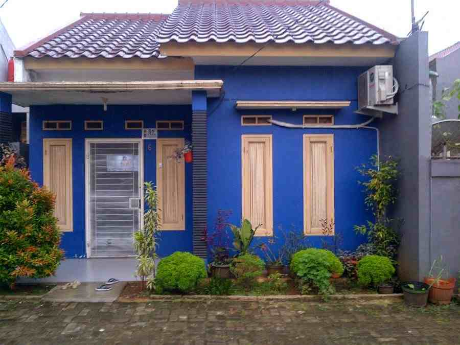 Rumah minimalis bercat biru