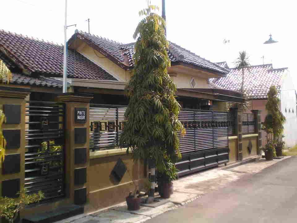 Rumah Asri di kawasan Bimantara Estate