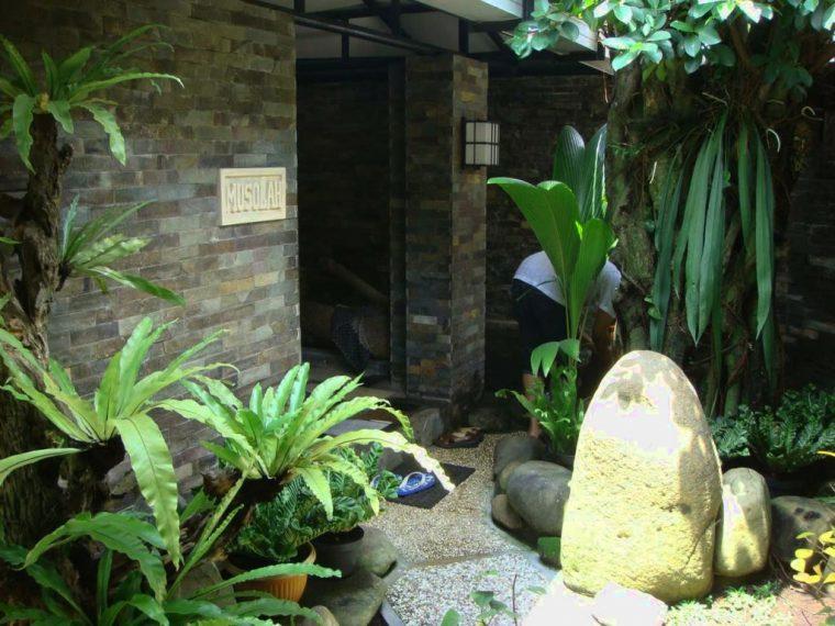 desain taman batu alam minimalis