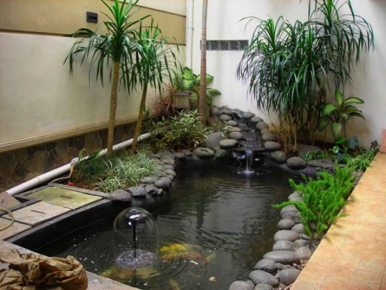 desain taman dan kolam ikan minimalis